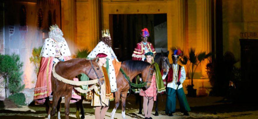 Los Reyes Magos llegan a El Viso con una gran representación de teatro popular