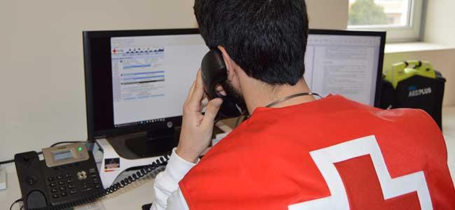 Cruz Roja hace seguimiento telefónico a 600 mayores cordobeses por el frío