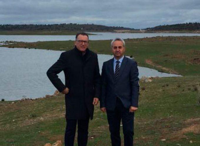 Se invierten 86.000 euros en adecuar paisajísticamente el entorno del pantano de La Colada en El Viso