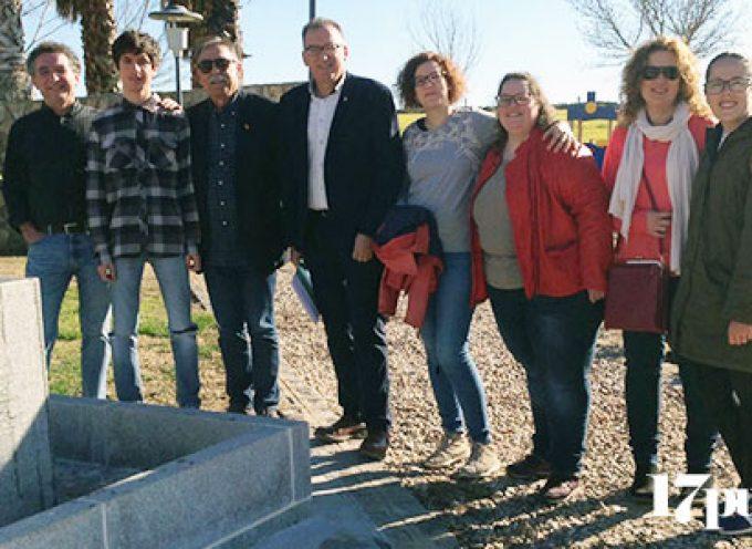 Unas 30 personas se reúnen de nuevo para homenajear a Florián Andújar