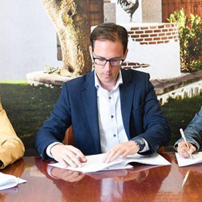 El Ayuntamiento de Pozoblanco firma con AFEMVAP el convenio de ayuda al Programa Integral de Acompañamiento