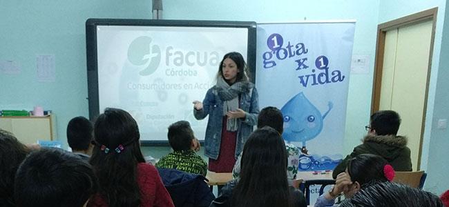 Escolares de Villaralto participan en los talleres sobre uso responsable del agua