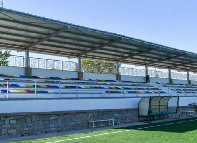 El Ayuntamiento de Pozoblanco inaugura las gradas y el marcador de la Ciudad Deportiva