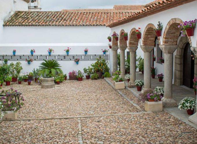 Sigue la rehabilitación del antiguo convento de Pedroche a través de Protección y Conservación del Patrimonio de la Diputación