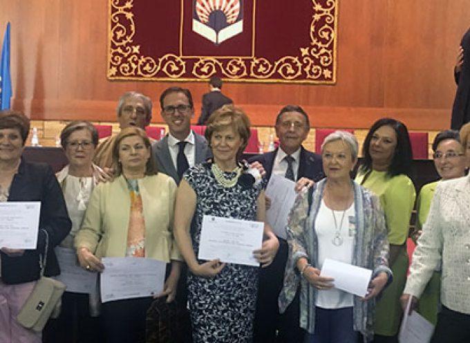 El alcalde de Pozoblanco subraya la ejemplaridad de los alumnos de la Cátedra Intergeneracional