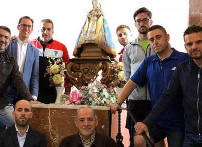 José Ramón Sandoval peregrina a la ermita de la Virgen de Luna y cumple su promesa