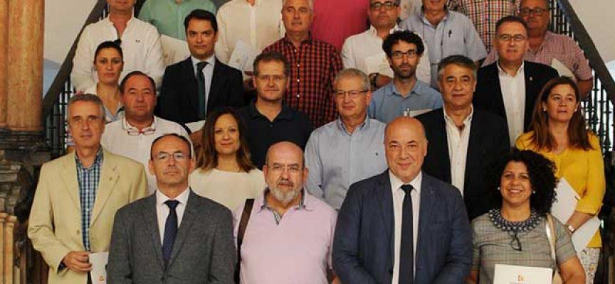 La Diputación suscribe convenios con ayuntamientos para la puesta en marcha del Reglamento General de Protección de Datos