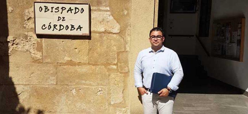 Un acuerdo con el Obispado de Córdoba permitirá la construcción del Pabellón Polivalente de El Guijo