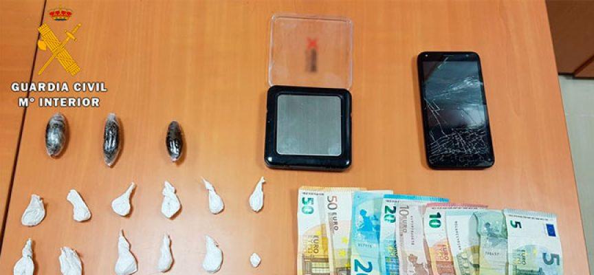 Una operación desarrollada en Pozoblanco desmantela un punto de venta de droga y detiene a una persona