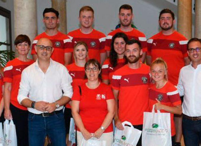 El Ayuntamiento de Pozoblanco recibe a los entrenadores irlandeses de las IV Jornadas Internacionales de Fútbol