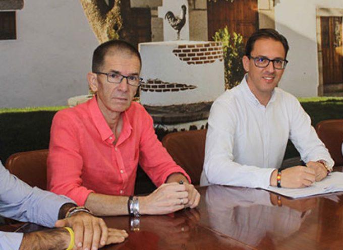 Firmado el contrato del Servicio de Ayuda a Domicilio en Pozoblanco por 4,6 millones de euros hasta el 2021
