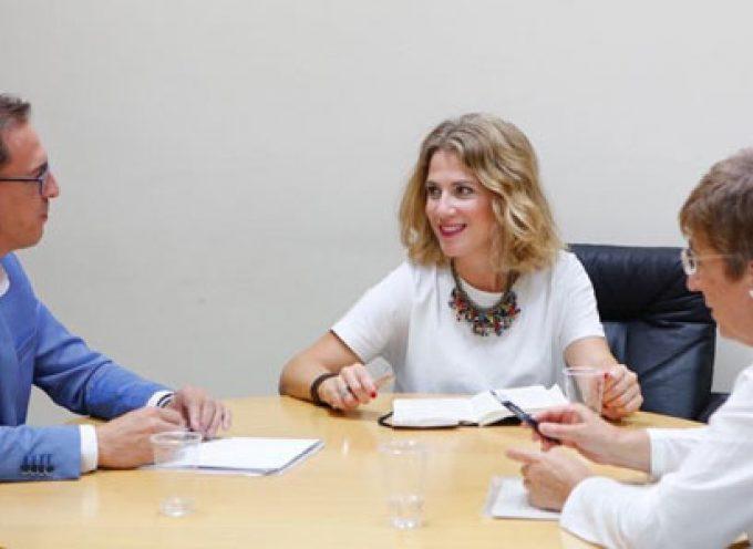 El alcalde de Pozoblanco y la Plataforma por las Personas Mayores y Dependientes de Los Pedroches presentan sus demandas al PP andaluz