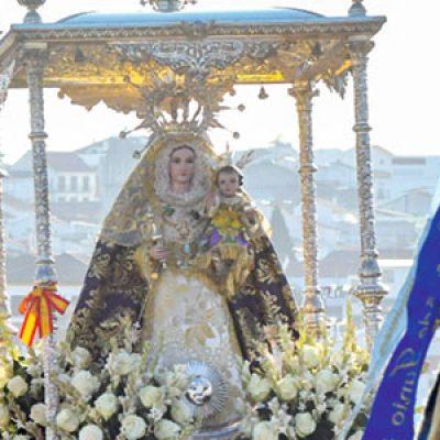 Los actos de despedida de la Virgen de Luna en Villanueva de Córdoba