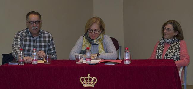 Pérez Zarco presenta en Torrecampo el libro de haikus 'Las sílabas del día'