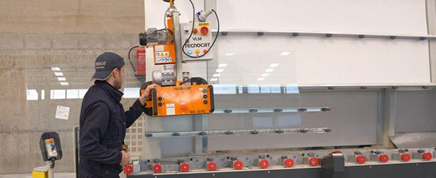 Cristalería Encinas cuenta en Córdoba con una de las pocas plantas de España con templado de vidrio de última tecnología