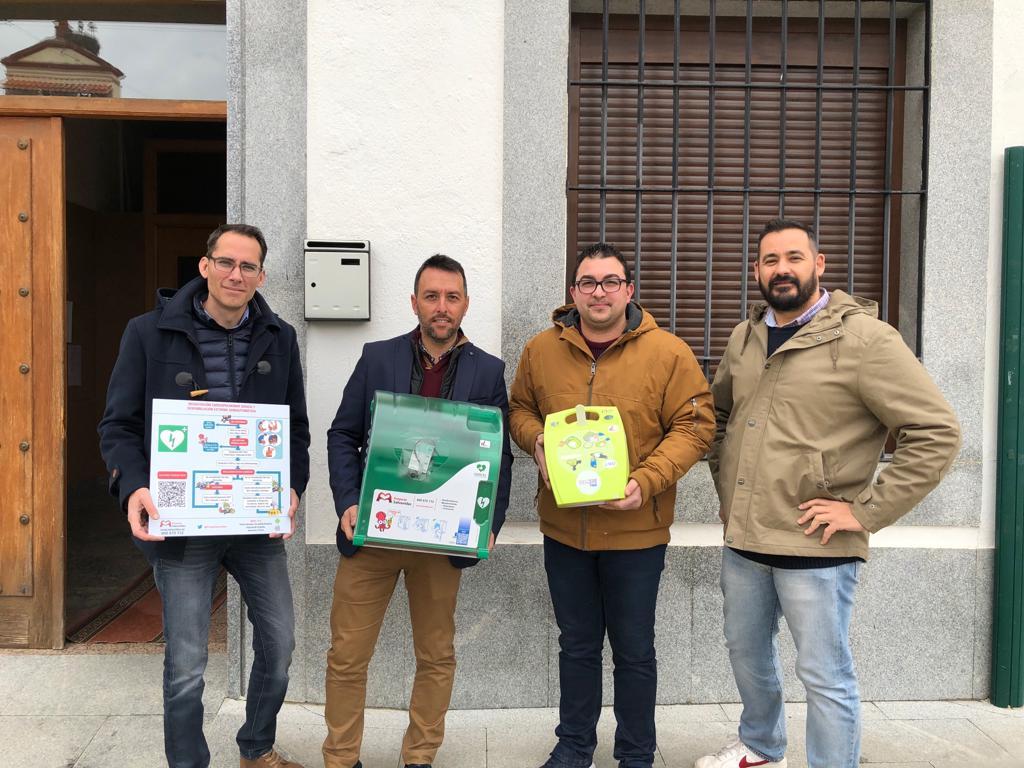 Una campaña de la empresa WOP lleva desfibriladores a diez ayuntamientos de Los Pedroches