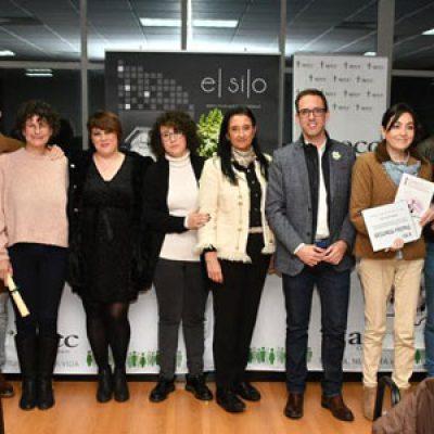 La Junta Local de la AECC de Pozoblanco entrega los premios del  Certamen de Relato 'Caty Luz García'
