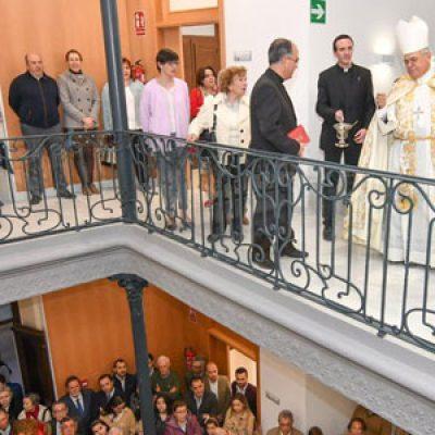 El Obispo bendice el nuevo centro parroquial de Santa Catalina de Pozoblanco