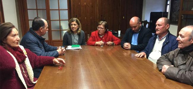 La delegada territorial de Salud y Familias asegura que el nuevo centro de salud de Villanueva de Córdoba será prioritario