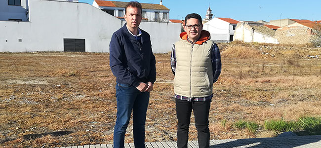 El PSOE de Dos Torres critica el 'postureo' del alcalde con el proyecto de la residencia de mayores