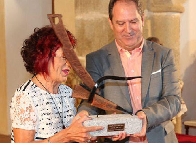 Entrega del Premio Solienses 2019 a Juana Castro [vídeos]