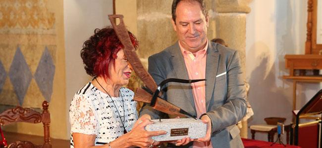 Entrega del Premio Solienses 2019 a Juana Castro