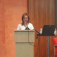 Guadalinfo Pedroche expone sobre competencias digitales y tecnología para la salud de los mayores en un taller de la EASP en Granada