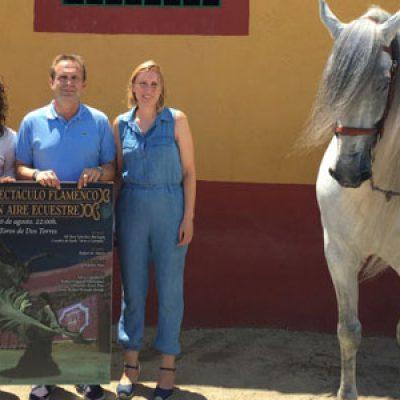 La fusión del flamenco y el caballo en un espectáculo como preámbulo de la feria de Dos Torres