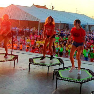 Las Miniolimpiadas Rurales reúnen a 200 niños de Los   Pedroches en Añora