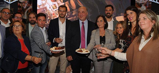 La VIII Feria del Lechón Ibérico abre sus puertas con el objetivo de presentar Cardeña como destino de turismo gastronómico y de interior