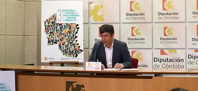 Los III Galardones 'Día de la Provincia' reconocen la labor de las asociaciones Guadamatilla y Cívica Hinojoseña