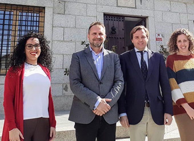 El delegado del Gobierno ha visitado Dos Torres dentro de la ronda de contactos para abordar la despoblación