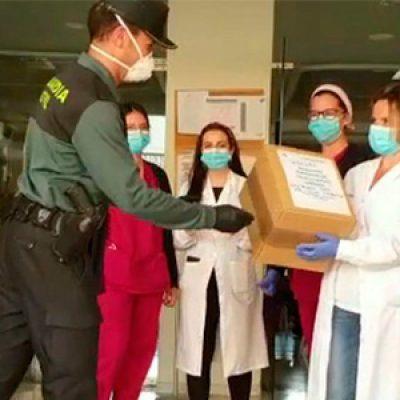 La Guardia Civil traslada material sanitario a residencias de la tercera edad y servicios esenciales en la provincia de Córdoba