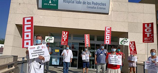 Movilización convocada por el CSIF junto a CCOO y UGT en el Hospital Valle de los Pedroches
