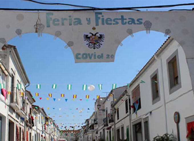 Calles decoradas y música al aire libre para un agosto atípico en Villanueva de Córdoba