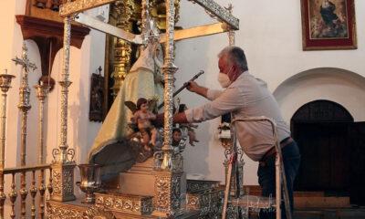 Sin anuncio previo, la imagen de la Virgen de Piedrasantas ha llegado al pueblo de Pedroche
