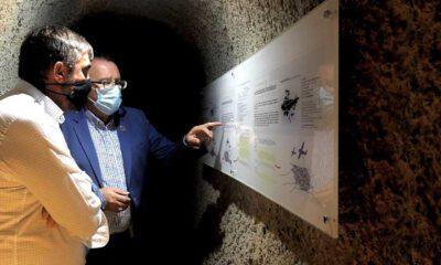 El delegado de Memoria Democrática de la Diputación visita los refugios antiaéreos de Villanueva de Córdoba y El Viso