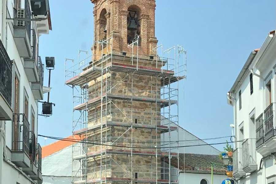 Han comenzado las obras de reforma de la torre de la Iglesia de la Encarnación de El Viso