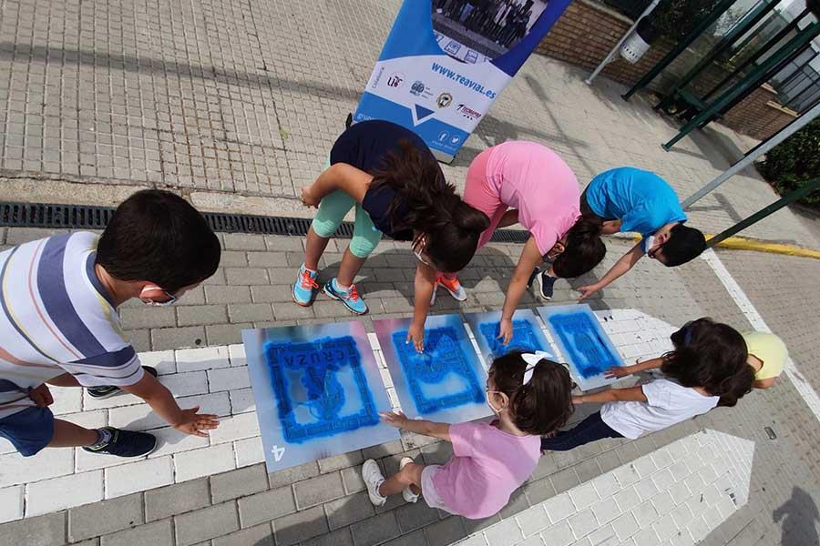 El Guijo adapta sus pasos de peatones para las personas con autismo