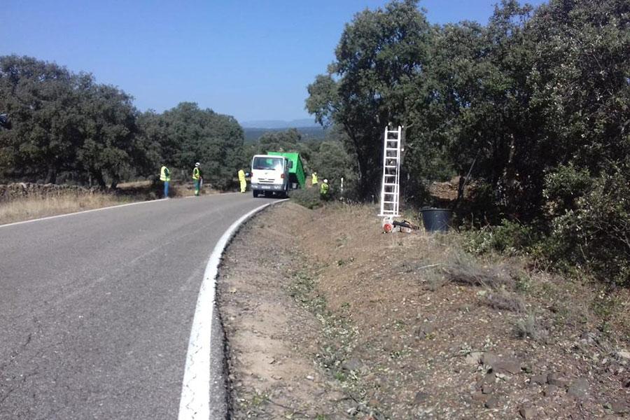 La Junta ha invertido en la mejora de la seguridad en la carretera A-3200, de Azuel a Santa Eufemia