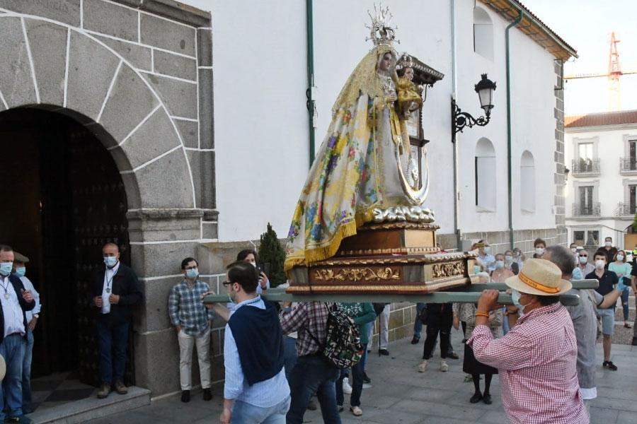 Virgen de Luna