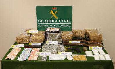 Detenidas en Villanueva de Córdoba dos personas por un supuesto tráfico de drogas